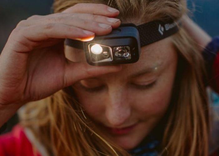 Đèn đội đầu siêu sáng có thể chiếu nhiều loại chùm sáng khác nhau