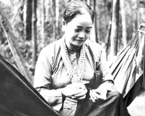 Phụ nữ Việt Nam giản dị, đức hy sinh to lớn