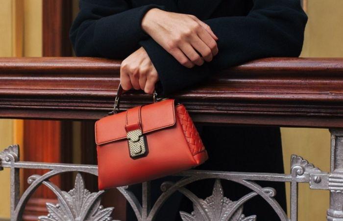 Túi xách cũng là món quà không tồi để tặng mẹ