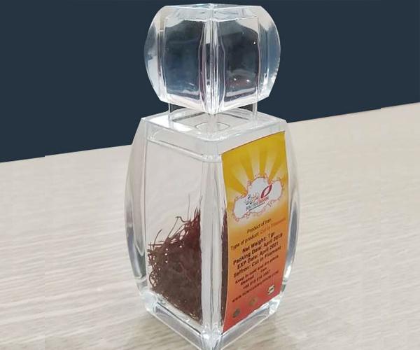 Tặng nhụy hoa nghệ tây Saffron tốt cho sức khỏe và làn da