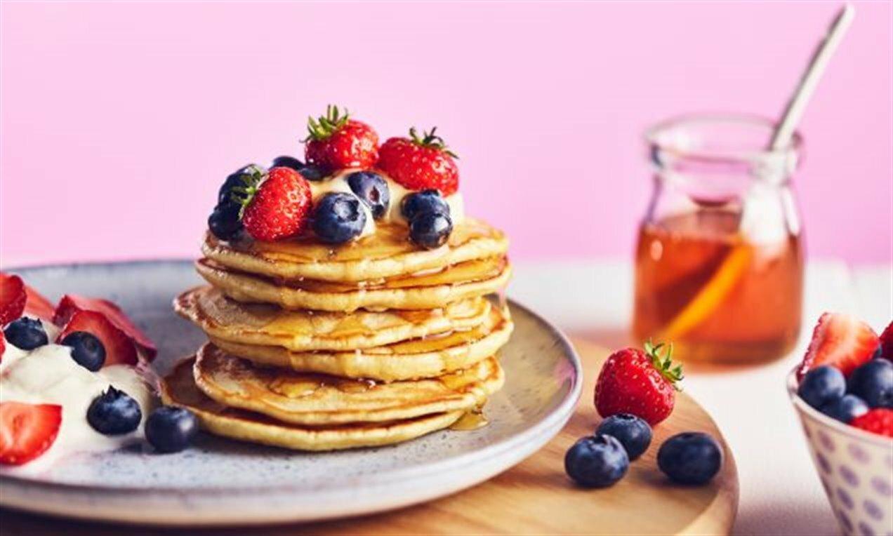 Cách làm bánh pancake không bột nở khá đơn giản