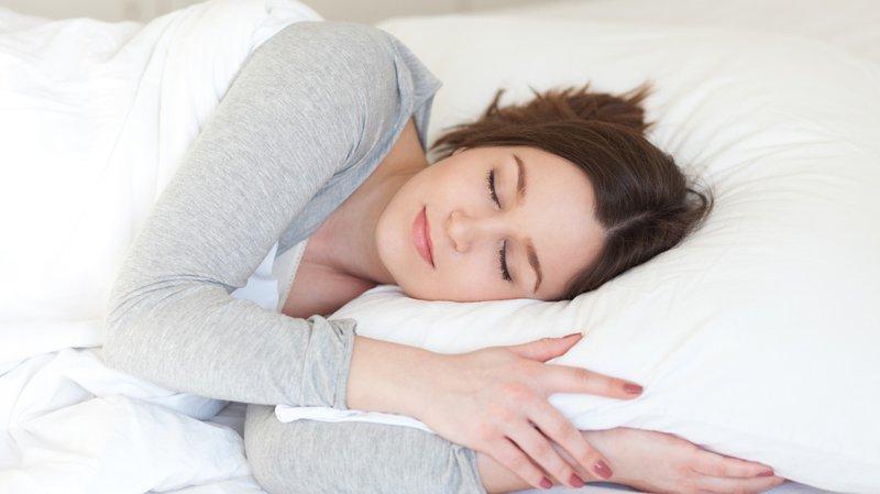 Ngủ đủ giắc, chế độ sinh hoạt hợp lý