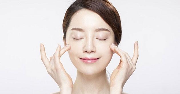 Cách massage mặt bằng tay chống chảy xệ