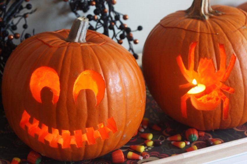 Mãu bí ngô tran trí Halloween độc đáo