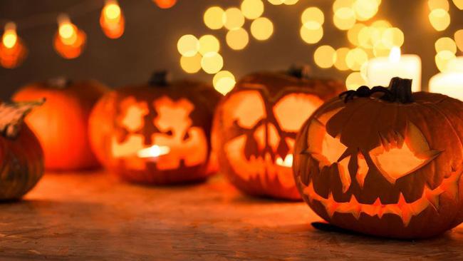 Đèn lồng bí ngô Halloween