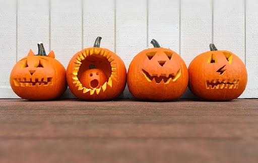 Mẫu trang trí trái bí ngô Halloween