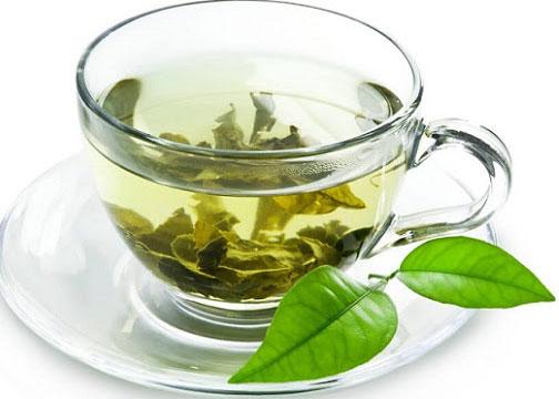 Ngâm trà trong nước kiềm