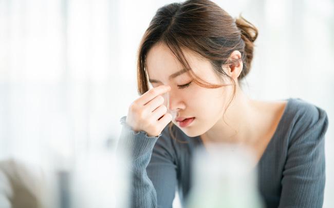 Phụ nữ mới mang thai có thể gặp triệu chứng chóng mặt, ngất xỉu