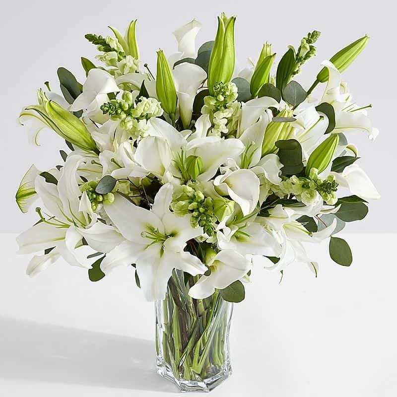 Kiểu cắm hoa ly đẹp ngày Tết