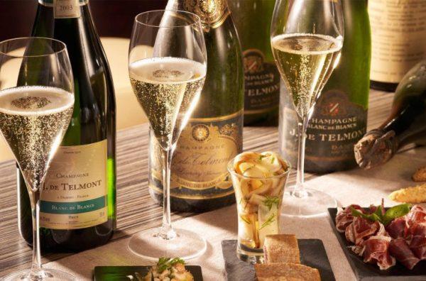 Rượu vang nổ Champagne