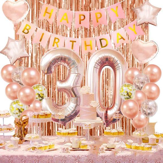 [Mách nhỏ] Cách trang trí sinh nhật cho người lớn đơn giản mà ý nghĩa