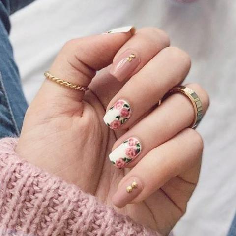 Những mẫu móng tay đẹp