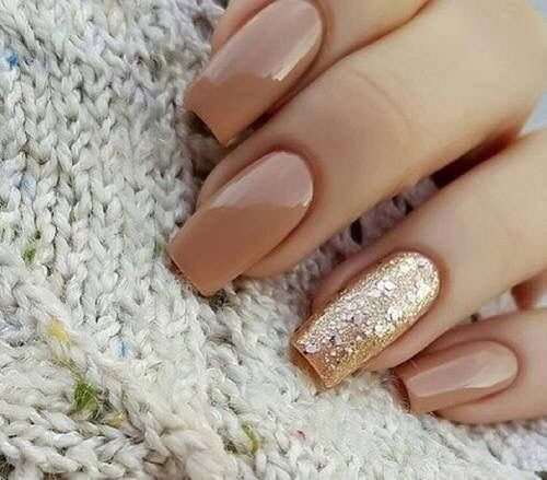 Những màu nail làm sáng da