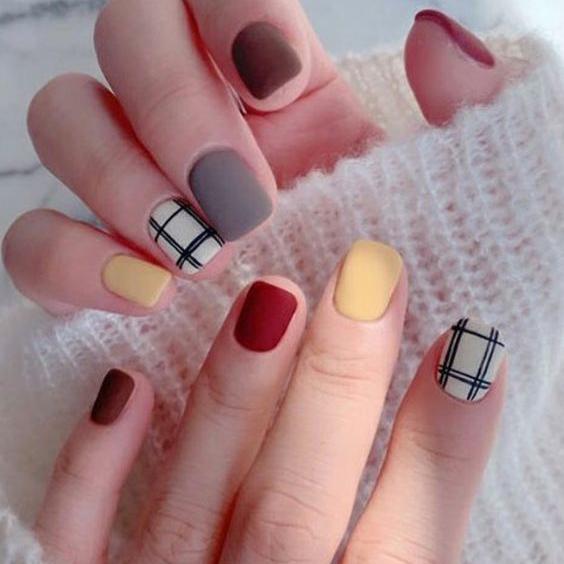 Một số màu nail Hàn Quốc tôn da