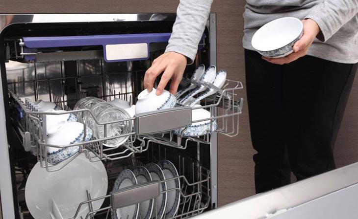 Tìm hiểu các lỗi thường gặp ở máy rửa chén, máy rửa bát