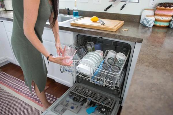 Lỗi thường xuyên gặp phải ở máy rửa chén, bát