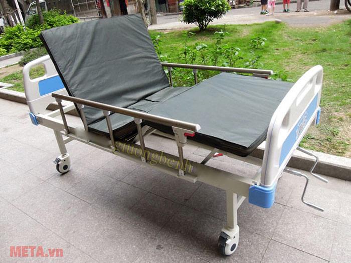 Giường bệnh nhân Nikita NKT A01-III (3 chức năng)