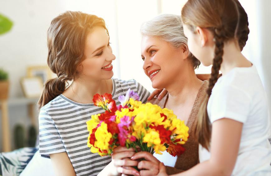 Chùm thơ về mẹ 4 chữ hay và ý nghĩa nhất
