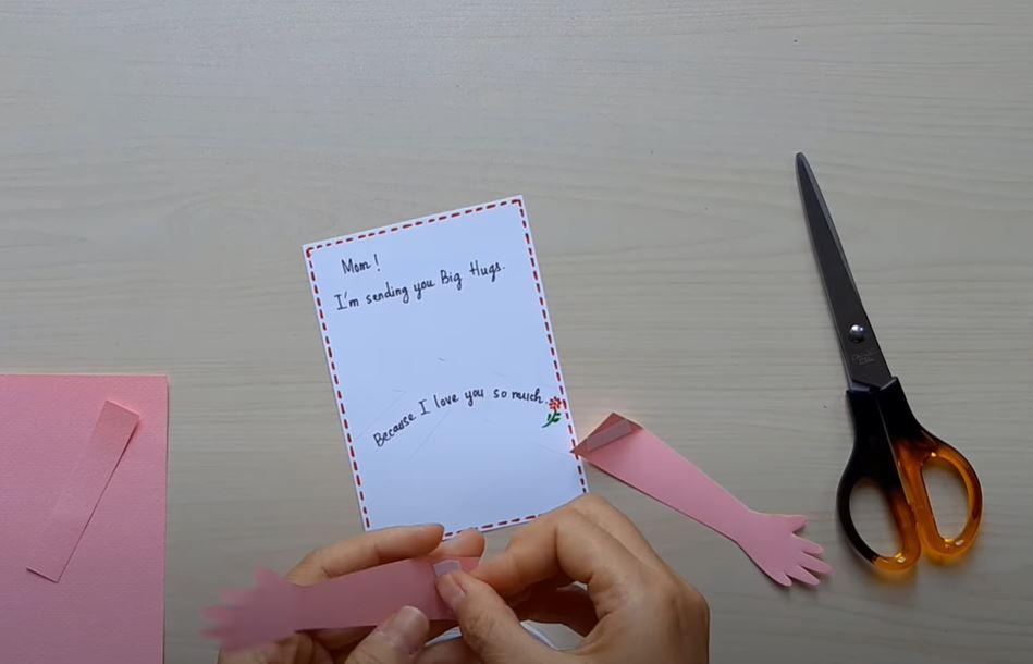 Cách làm thiệp chúc mừng Ngày của Mẹ đẹp, đơn giản