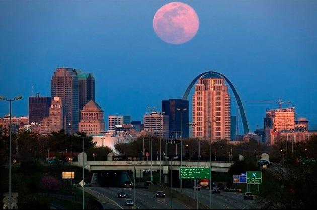 Siêu trăng hồng năm 2020 tại Missouri.