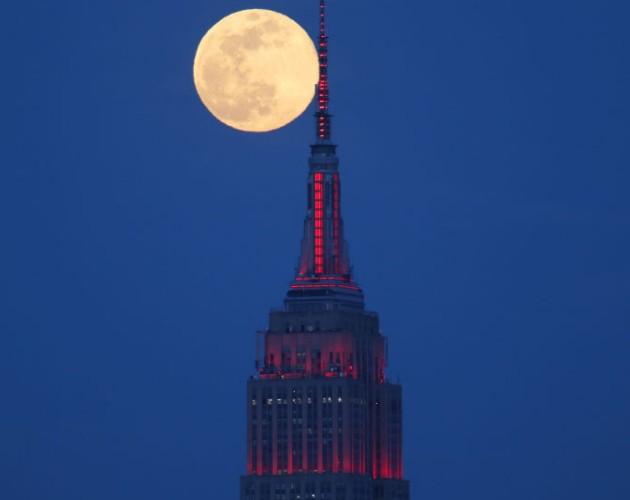 Siêu trăng hồng năm 2020 tại New York.