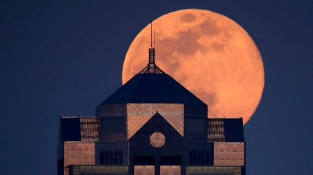 Siêu trăng hồng năm 2020 tại Kansas.