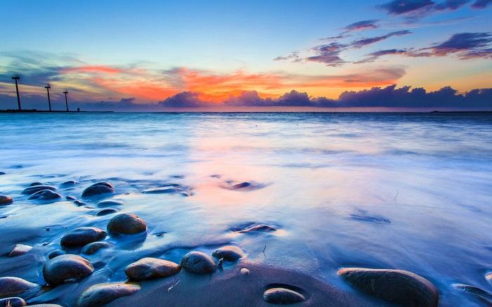 Những bài thơ ngắn hay và ý nghĩa về biển