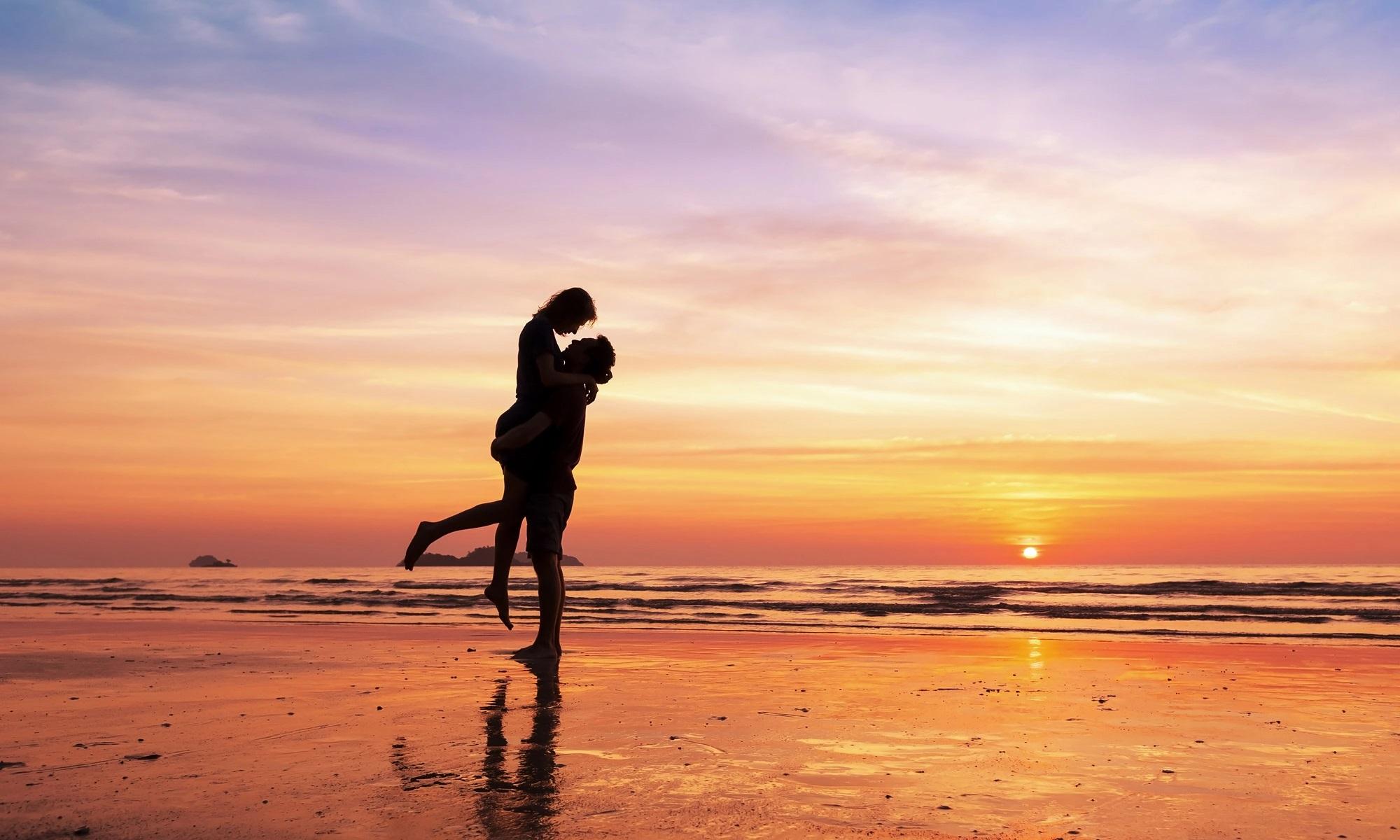 Những câu nói hay về biển và tình yêu, cap hay về biển và tình yêu, stt ngôn tình về biển hay nhất