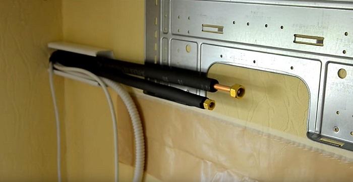 Cách vệ sinh ống đồng điều hòa, máy lạnh Inverter