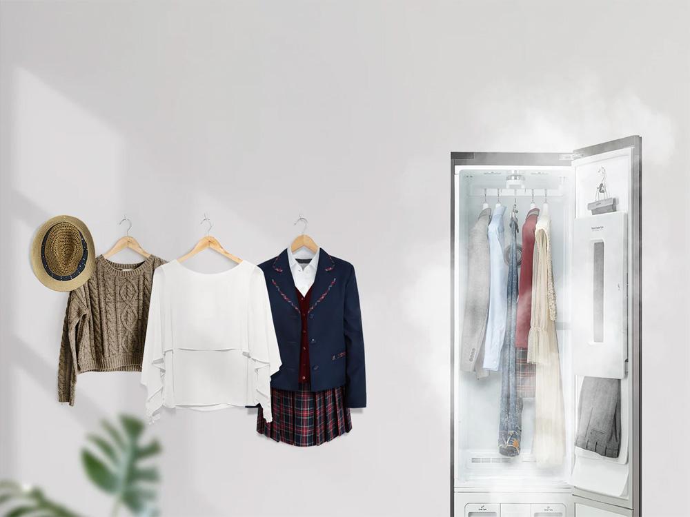 Tủ giặt khô LG làm sạch quần áo bằng hơi nước tinh khiết