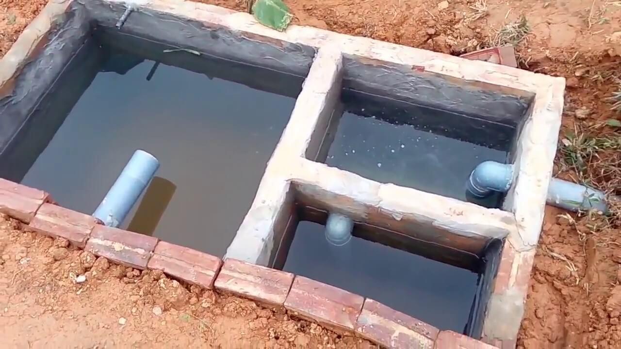 Xây bể phốt cần lắp đặt 4 loại ống
