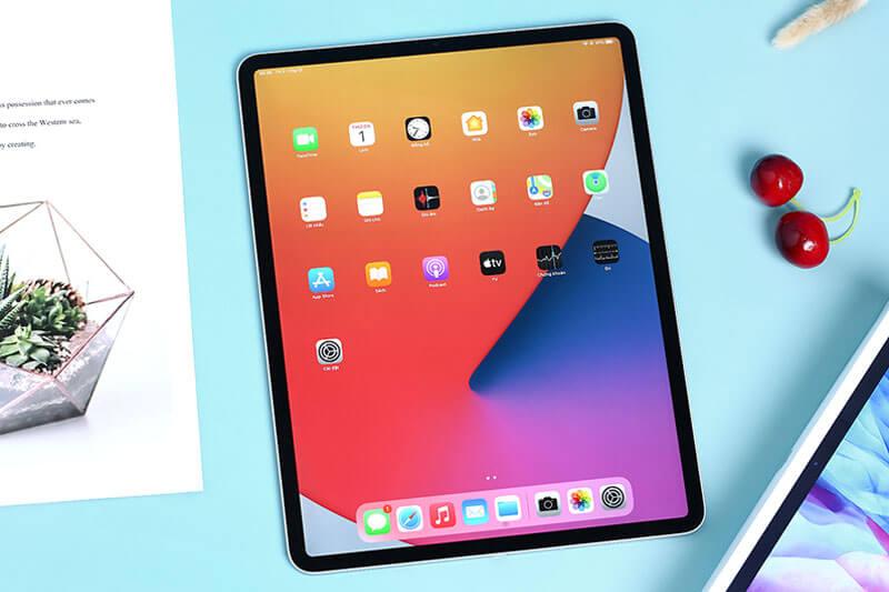 iPad Pro 12,9 với Apple Pencil 2