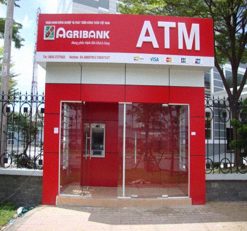 Thanh toán chuyển khoản qua ATM và ngân hàng rất tiện lợi