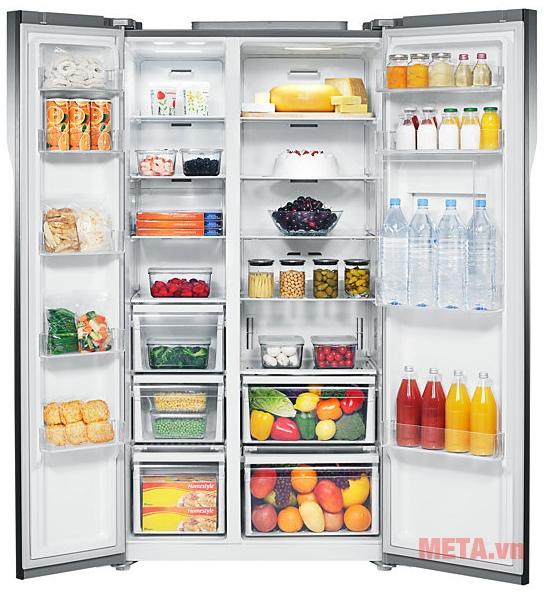Tủ lạnh side by side 543 lít Samsung RS554NRUA1J giúp lưu trữ lượng thực phẩm lớn.