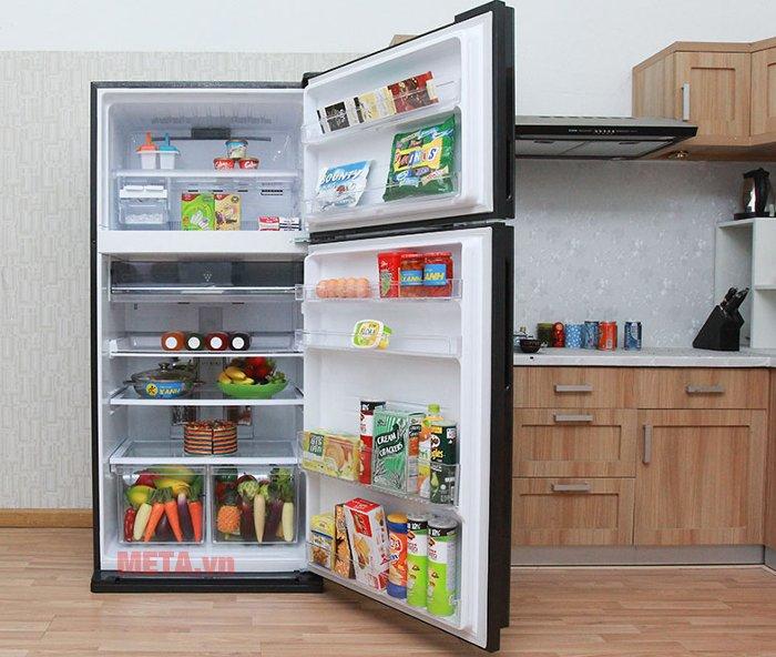 Tủ lạnh 585 lít Sharp SJ-XP590PG-BK có dung tích lớn, phù hợp cho gia đình đông người