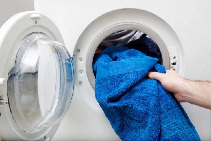 Máy giặt lồng ngang giúp quần áo không bị xoắn