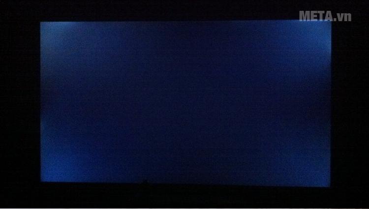 Các cạnh xung quanh màn hình vẫn sáng dù trên nền tối