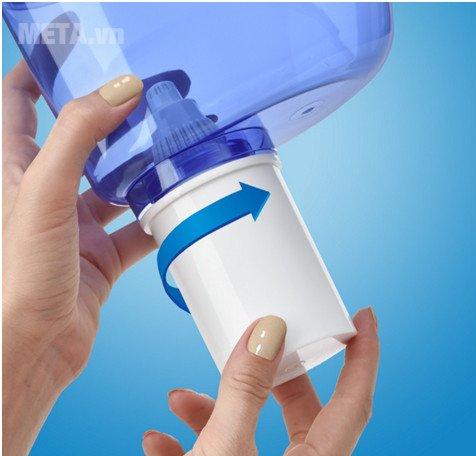 Bình lọc nước Barrier Eco có ren thiết kế đặc biệt, chống rò rỉ nước