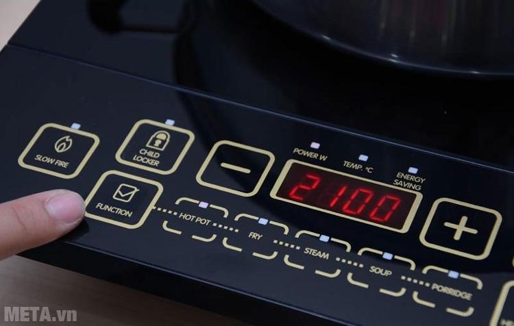 Điều chỉnh các phím chức năng, tăng giảm nhiệt độ trên bếp từ.