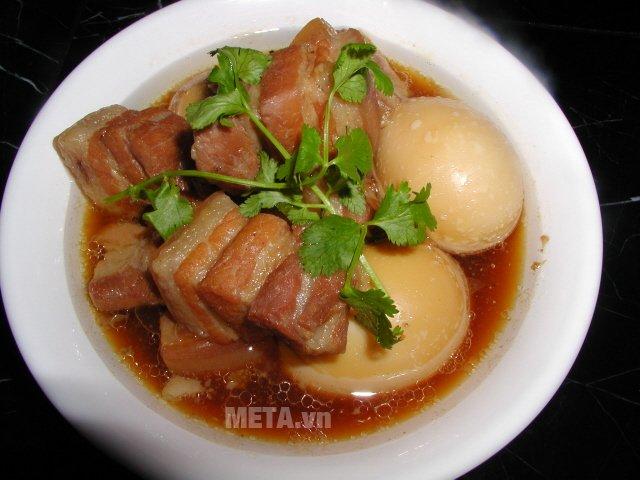 Món thịt kho tàu thơm ngon