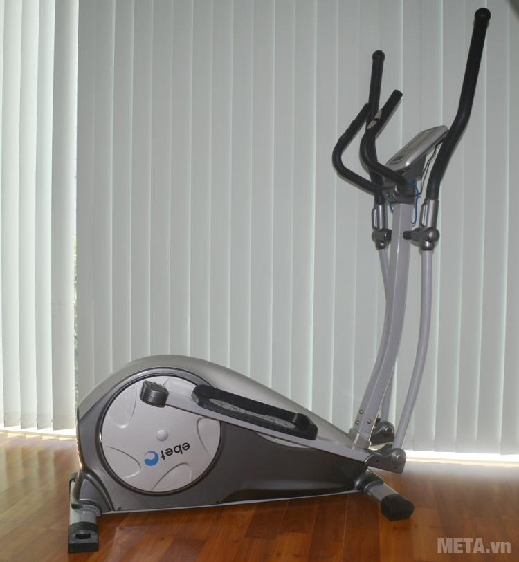 Xe đạp tập YK-CT1002B có thể sử dụng tại gia đình hay văn phòng.