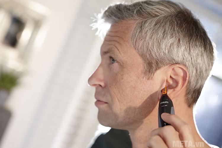 Máy tỉa lông mũi Philips NT1150 giúp cắt lông tai an toàn.