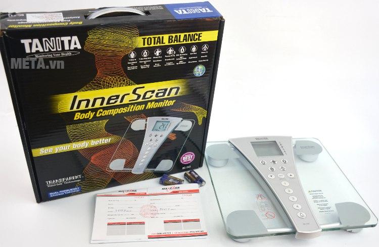 Cân sức khỏe và phân tích cơ thể Tanita BC-543 với hộp đựng sang trọng.