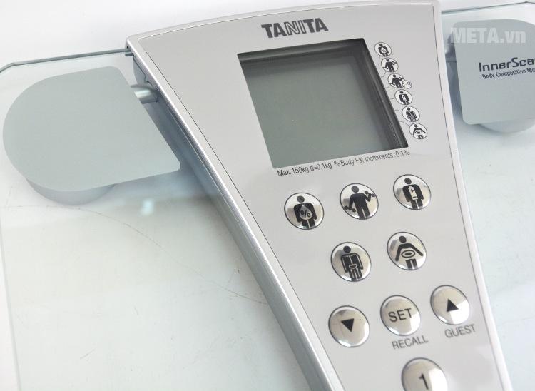 Cân sức khỏe và phân tích cơ thể Tanita BC-543 với thiết kế mặt kính trong suốt.