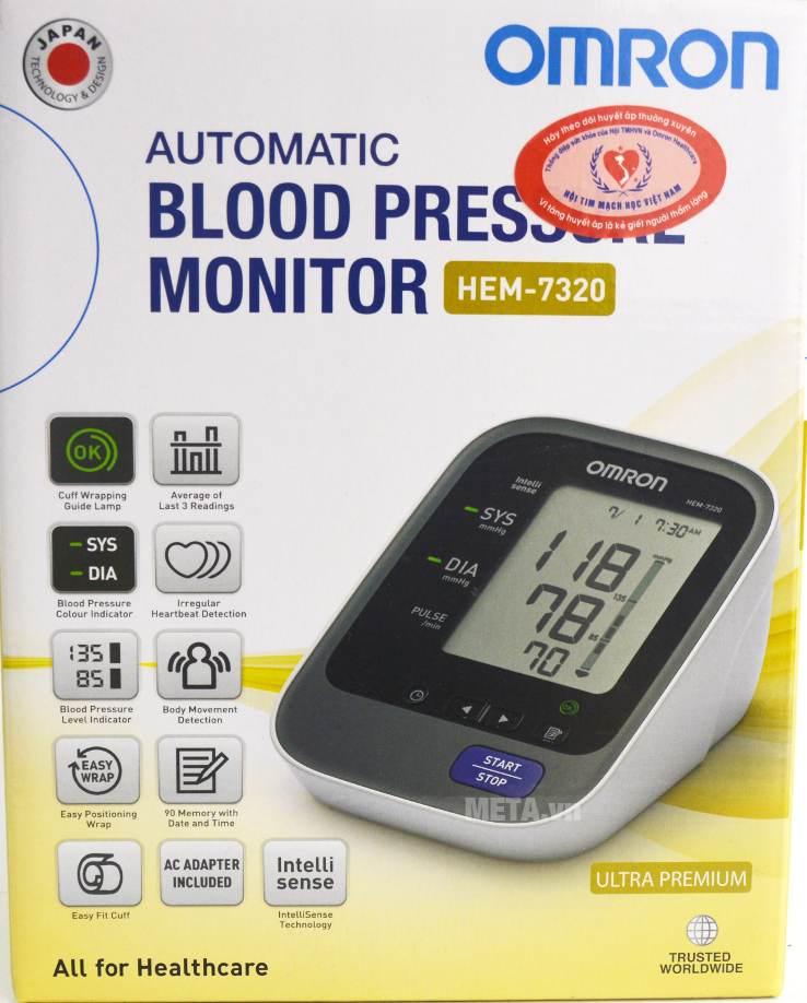 Máy đo huyết áp bắp tay tự động HEM-7320 với hộp đựng sang trọng.