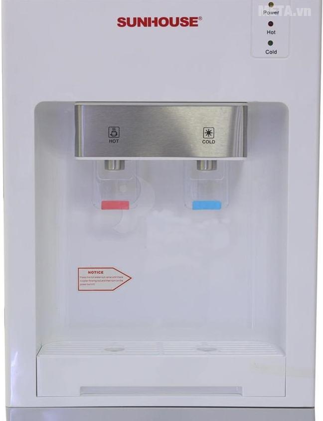 Cây nước nóng lạnh Sunhouse SHD9612 với 2 ngăn nước nóng, lạnh.