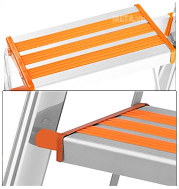 Thang ghế 5 bậc Nikawa NKA05 với thiết kế mặt ghế rộng.