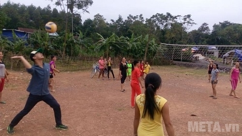 Hãy chơi đánh bóng chuyền mỗi ngày với bóng chuyền động lực để có một sức khỏe dẻo dai hơn.