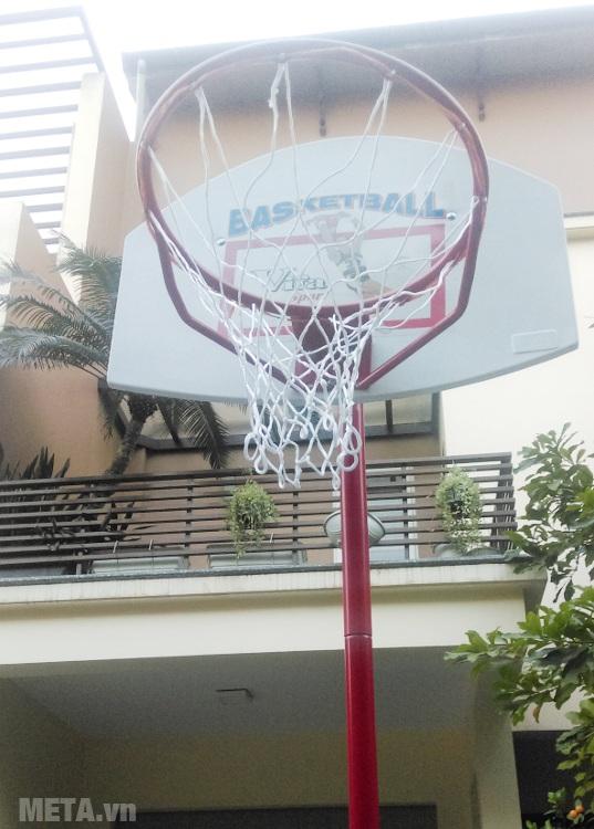 Trụ bóng rổ thiếu niên bảng composite (801814) đi kèm lưới và vành rổ.