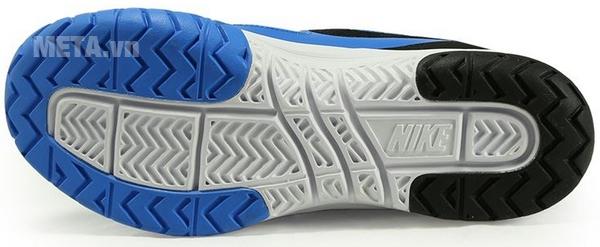 Giầy tennis nam Nike Air Vapor Ace Mens có đế chống trượt và chống mài mòn tốt.